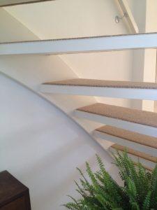 open trap tapijt