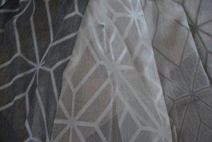 Patroon grijs gordijn